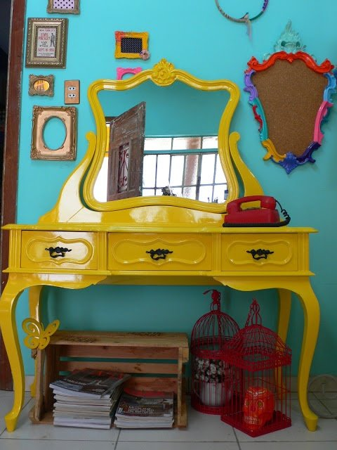 Penteadeira Provençal Amarela