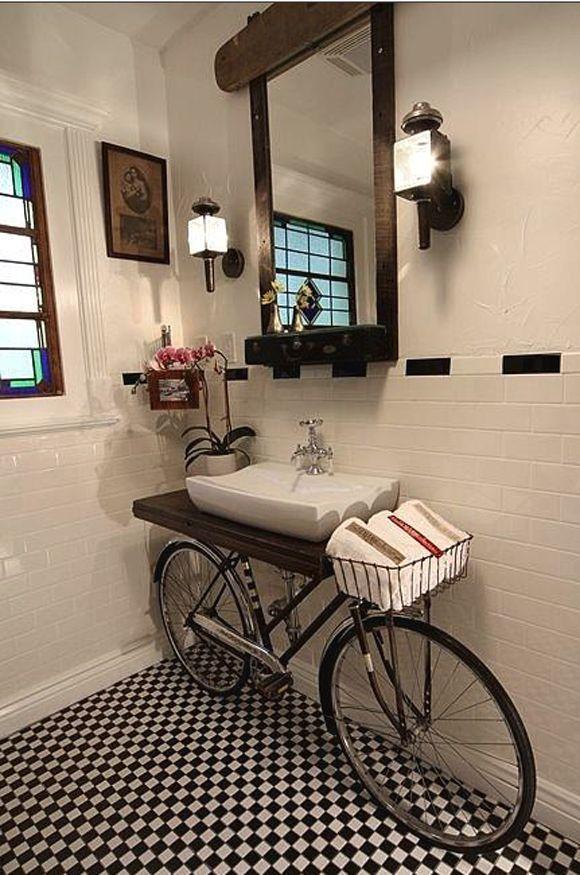 Bicicleta antiga - lavabo retro