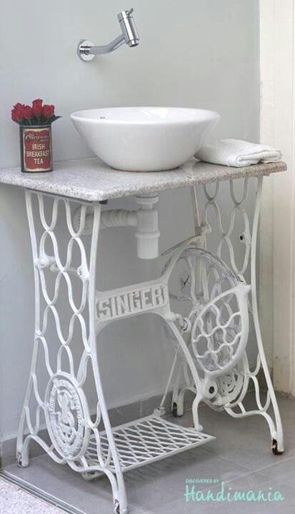 maquina de costura lavabo retro