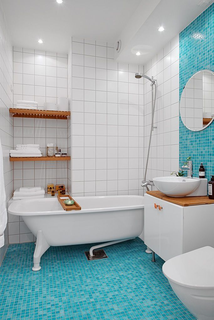 Banheiros decorados com pastilhas 35 lindas ideias for Blue and white tile bathroom ideas