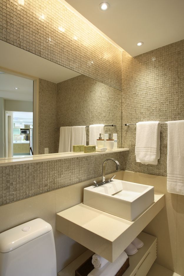 Banheiros decorados com pastilhas  35 lindas ideias -> Banheiro Decorado Com Bancada De Vidro