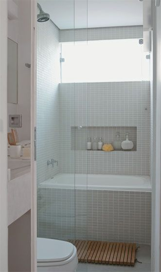 Banheiros decorados com pastilhas 35 lindas ideias for Bathrooms for small areas