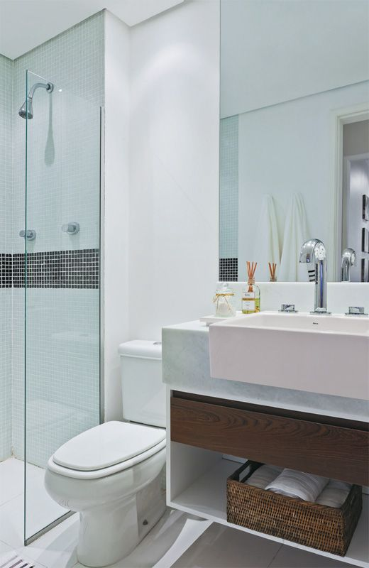 Banheiros decorados com pastilhas  35 lindas ideias -> Decoracao De Banheiro De Apto Pequeno