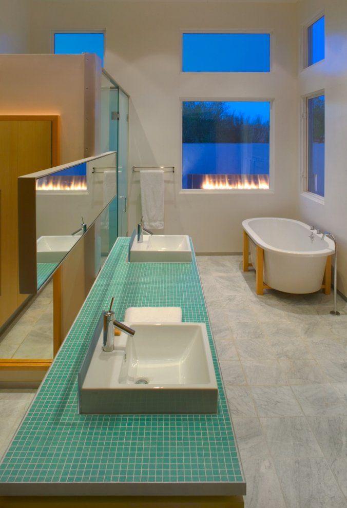 Banheiros decorados com pastilhas  35 lindas ideias -> Banheiro Com Pastilha De Vidro Verde Agua