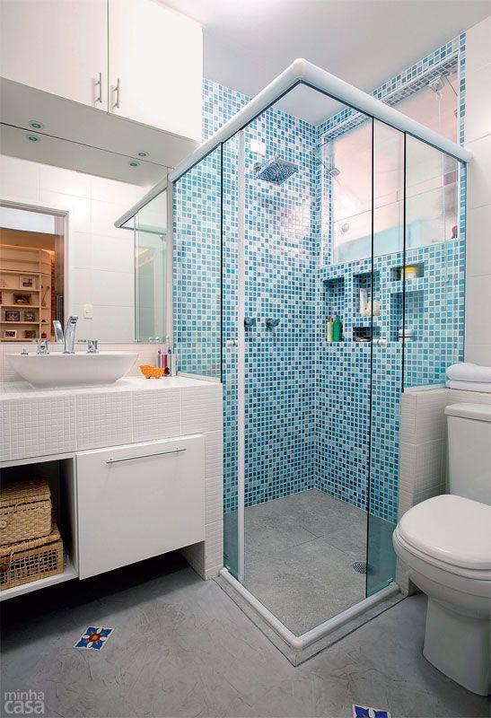Banheiros decorados com pastilhas  35 lindas ideias -> Banheiros Pequenos Com Pastilhas Azuis