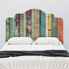 cabeceira colorida em madeira