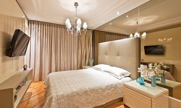 Decora o de quarto de casal pequeno 20 ideias incr veis for Dormitorios pequenos para adultos