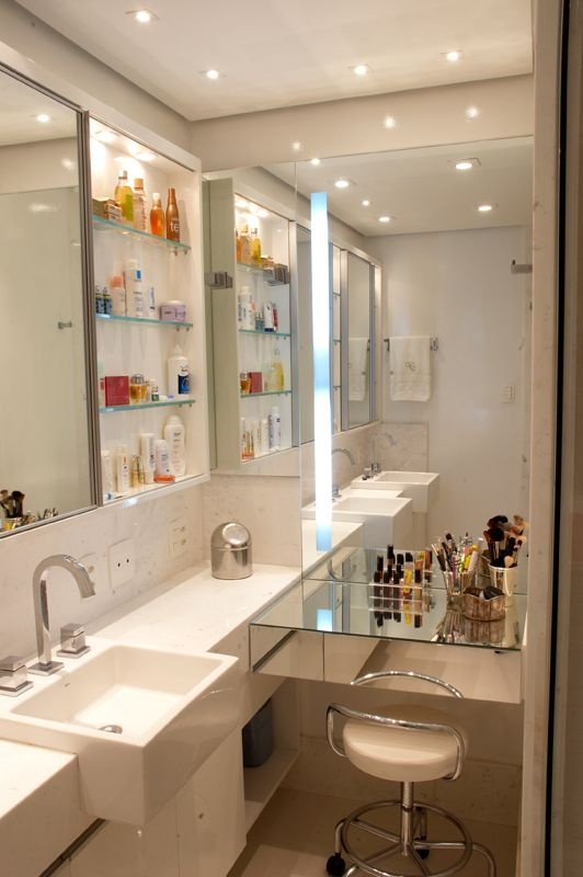 penteadeira_com_espelho_banheiro