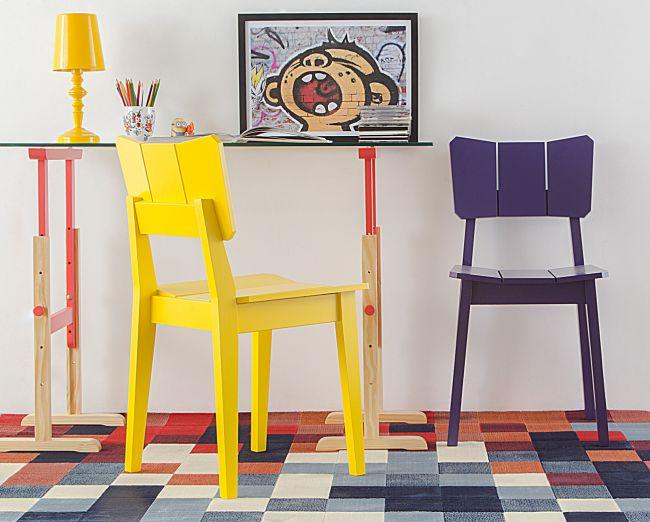 Decoração de apartamentos pequenos mesa com cadeira