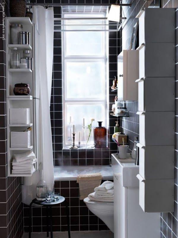 Banheiro pequeno preto