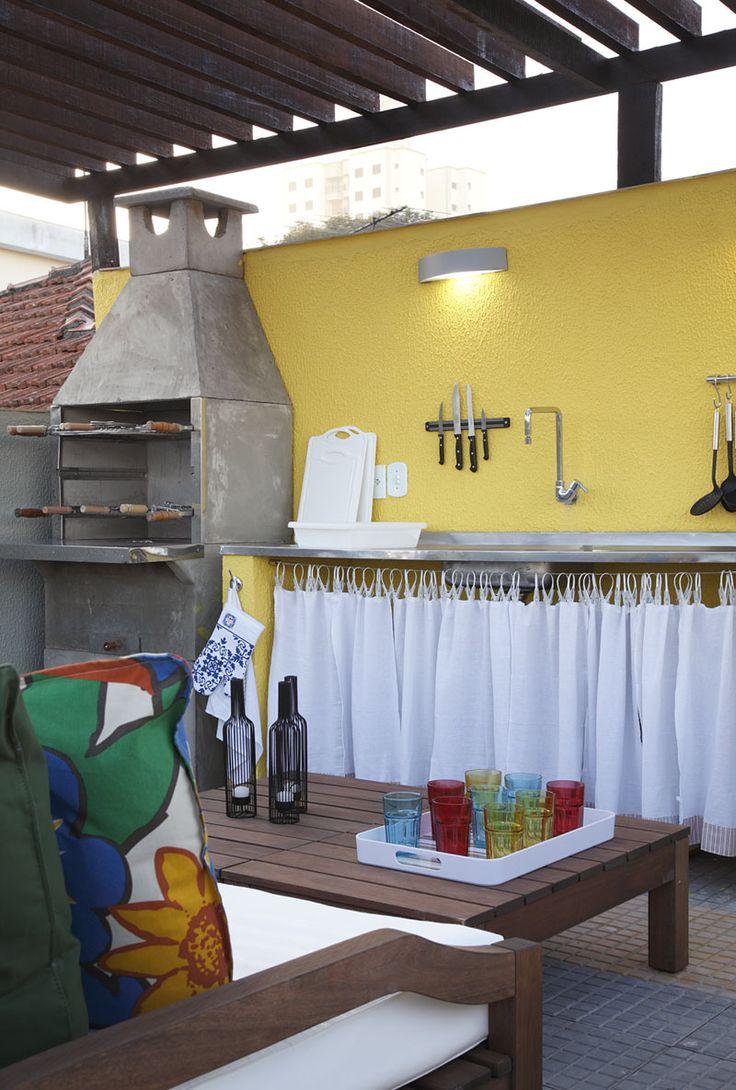 Área de lazer com churrasqueira  21 lindas ideias -> Banheiro Simples Para Area De Lazer