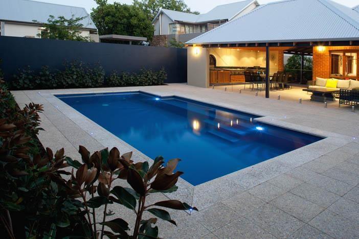 area_de_lazer_com_churrasqueira_piscina