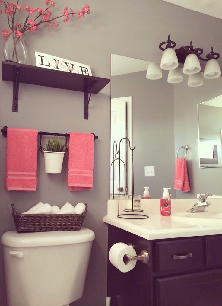 Banheiro pequeno criativo