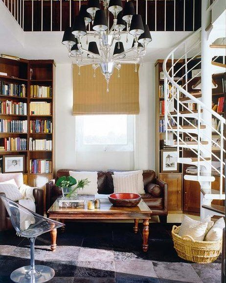 Sala rústica com escada
