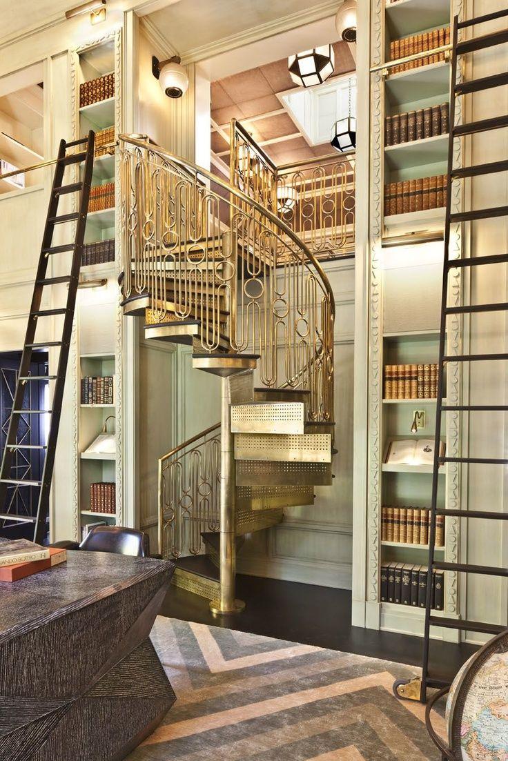 Escada dourada
