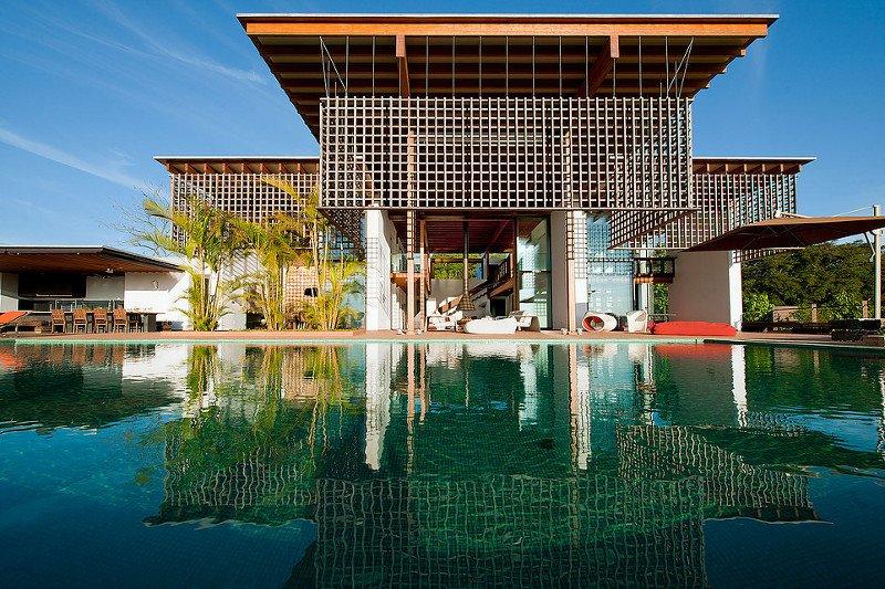 18 casas bonitas pequenas e modernas imperd veis for Fotos de casas modernas brasileiras