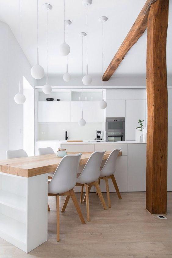 Cozinha moderna com madeira