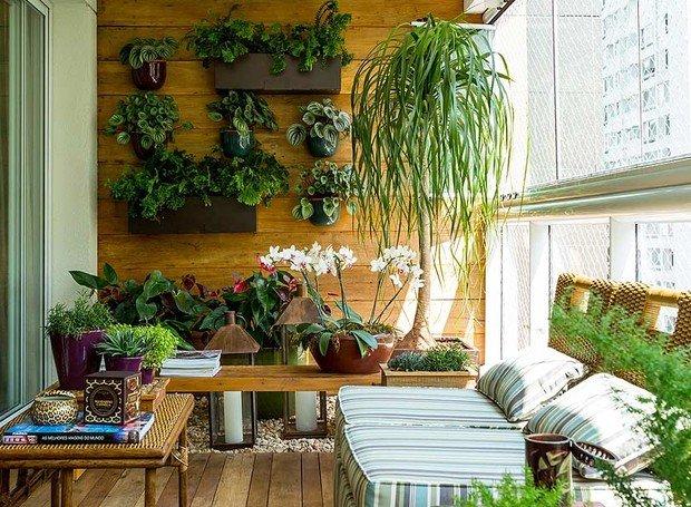 Ter uma horta em apartamento traz muitos benefícios e vantagens ao