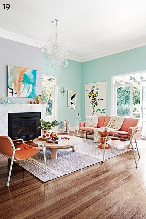 Sala com parede verde - tom pastel
