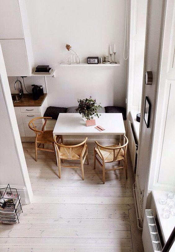 Cozinha com sala de jantar pequena