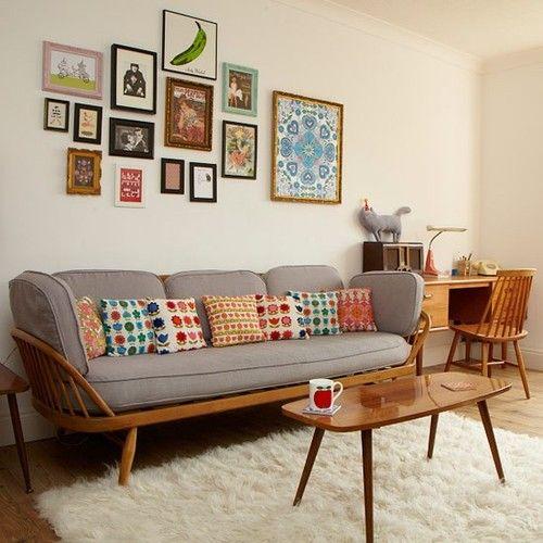 Almofadas para sofá coloridas para deixar o ambiente mais feliz.