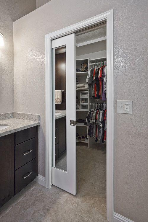Modelos de Closet pequeno no banheiro
