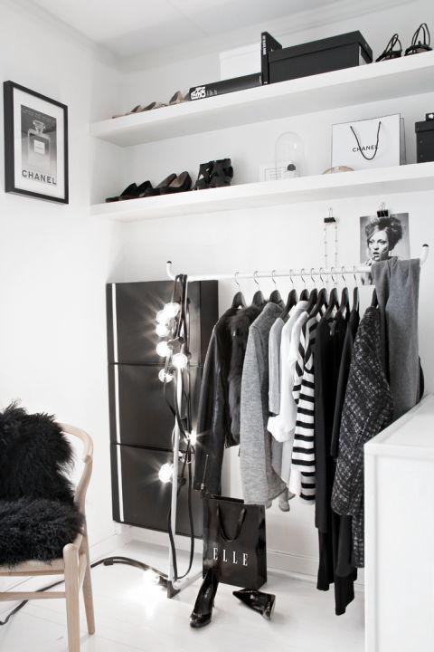 Modelos de Closet pequeno branco com arara