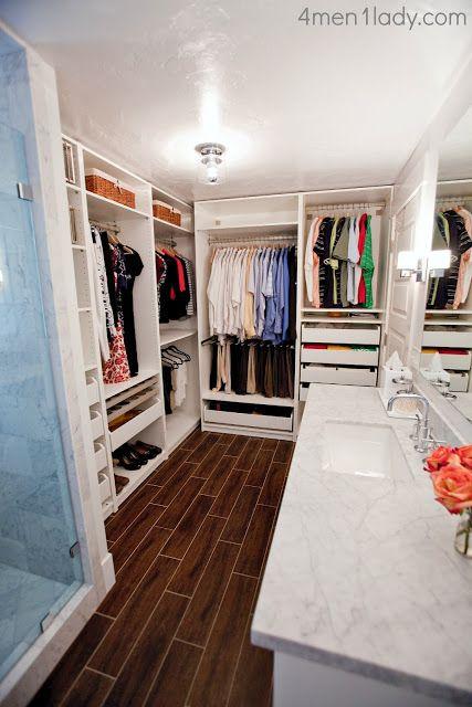 Modelos de closet aberto dentro do banheiro
